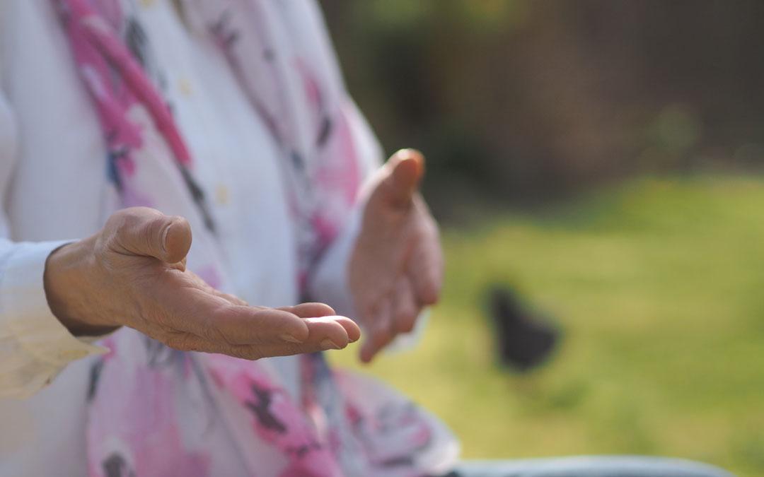 Ursula von Ammon | stimmig bewegen & sprechen | Sprachgestaltung und BewegungsSpiel | Kiel